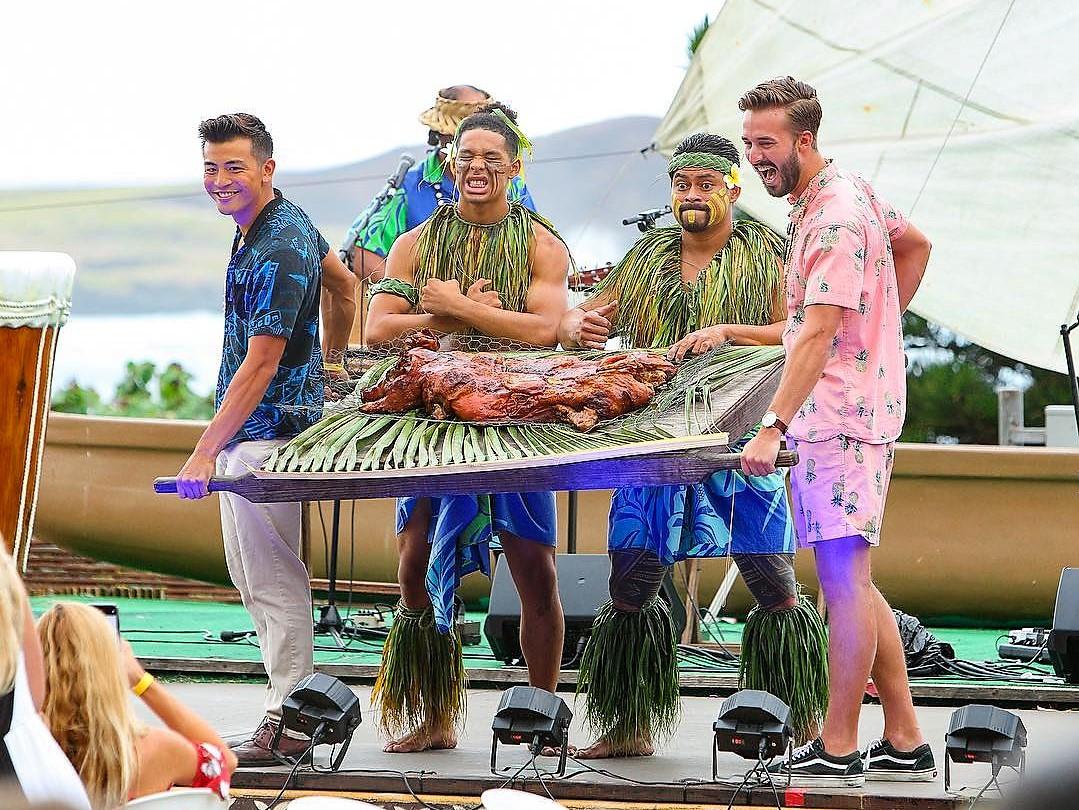 ハワイアンカルチャー体験と伝統的なルアウが同時に楽しめる!